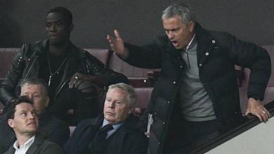 MU: Schweinsteiger vui mừng, Mourinho lo ngay ngáy - 2