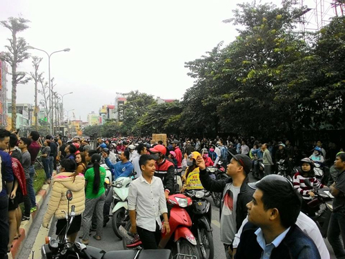HN: Cháy dữ dội ở quán karaoke trên đường Trần Thái Tông - 15