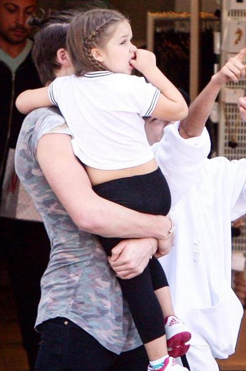"""""""Cô gái"""" khiến Beckham bỏ sự nghiệp ngày càng xinh yêu - 9"""