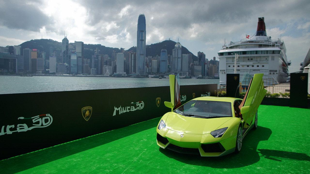 """Ngắm Lamborghini Aventador màu rắn xanh cực """"độc"""" - 3"""