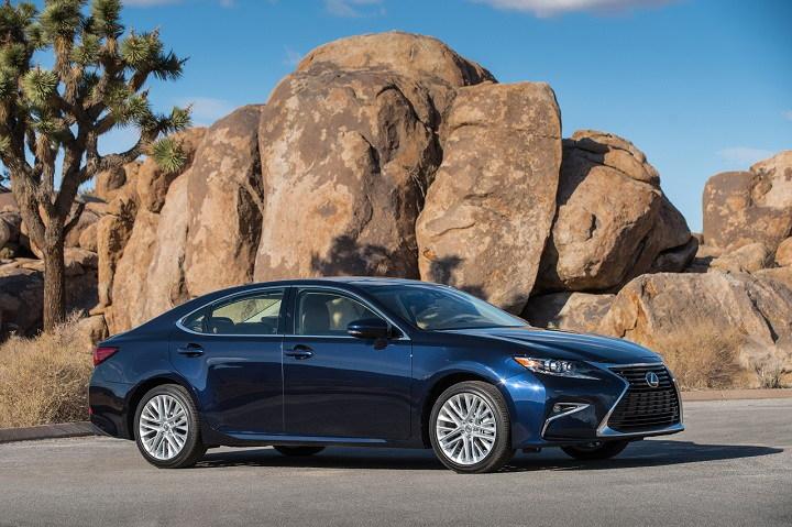 Những sedan sang trọng có giá dưới 60.000 USD - 7