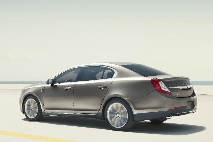 Những sedan sang trọng có giá dưới 60.000 USD - 9