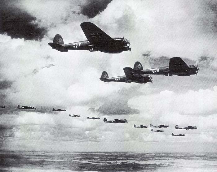 Trận không chiến long trời lở đất của 4.500 máy bay - 3