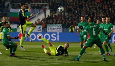 Chi tiết Ludogorets – Arsenal: Tuyệt vời Ozil (KT) - 4
