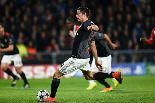 PSV - Bayern: Cú đúp của siêu sao - 1