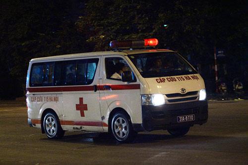 Ảnh: Toàn cảnh vụ cháy quán karaoke khiến 13 người thiệt mạng - 7