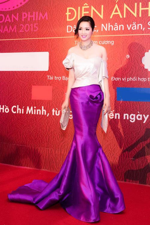"""Soi khối hàng hiệu """"kếch xù"""" của Hoa hậu Giáng My - 5"""