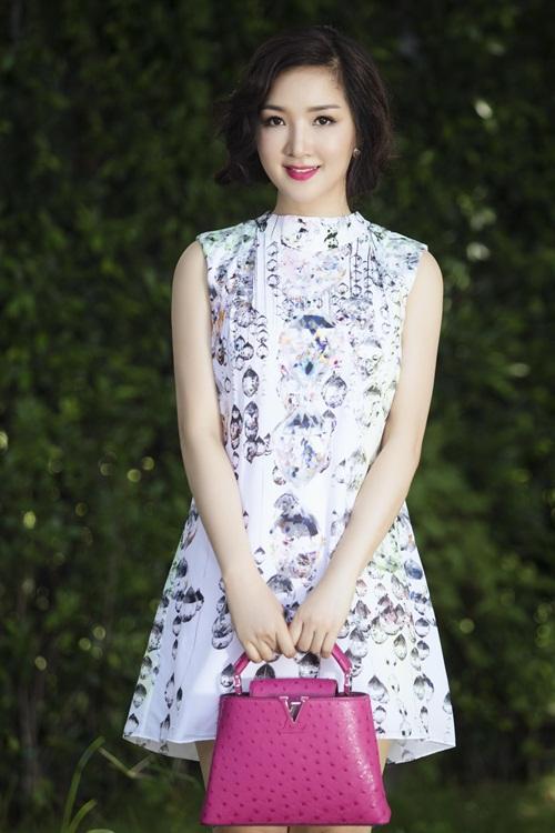 """Soi khối hàng hiệu """"kếch xù"""" của Hoa hậu Giáng My - 7"""