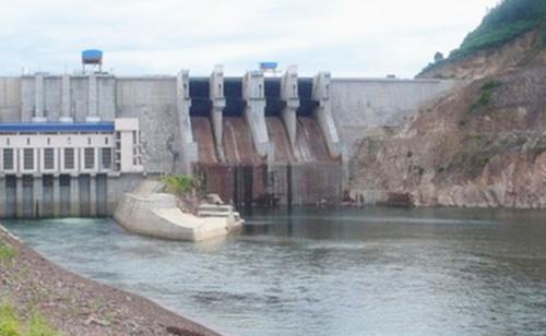 TT- Huế: Các hồ thủy lợi, thủy điện đồng loạt xả lũ - 2