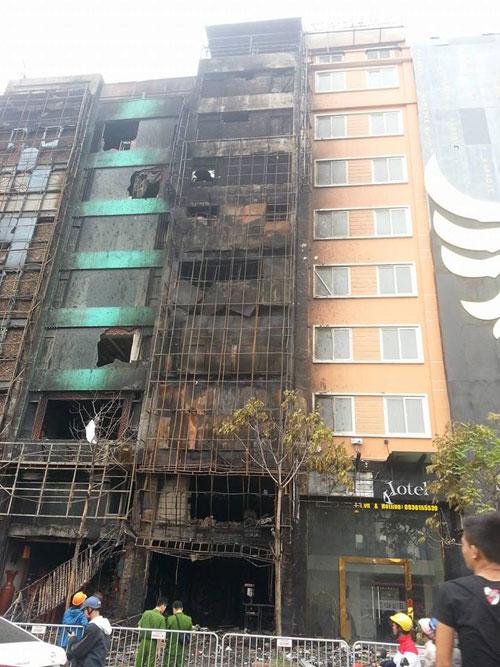 Khởi tố vụ án cháy quán karaoke 13 người chết - 1