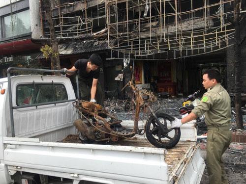 Vụ cháy 13 người chết: Hàng xóm phá cửa sau thoát thân - 5