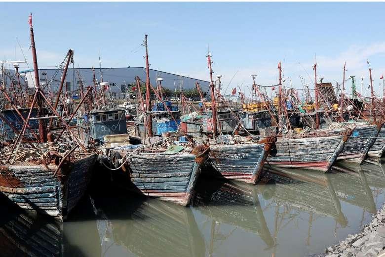 Tàu chiến Hàn Quốc lần đầu nã súng máy vào tàu cá TQ - 1