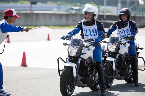 Đoàn Việt Nam thắng lớn ở Cuộc thi Hướng dẫn viên Lái xe an toàn Quốc tế - 4