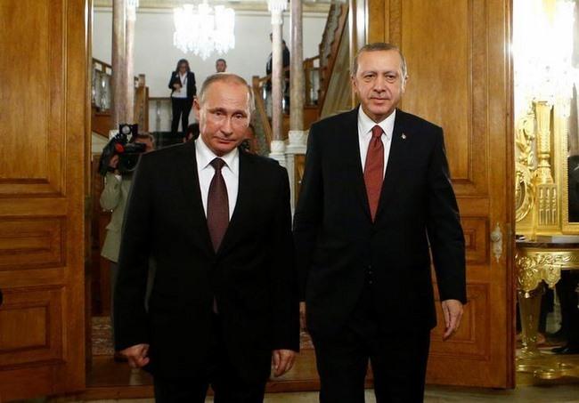 """""""Chính trị ống dẫn dầu"""" của Nga đang gặp trở ngại lớn - 1"""