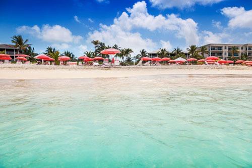 7 bãi biển hoang sơ nổi tiếng nhất thế giới - 4