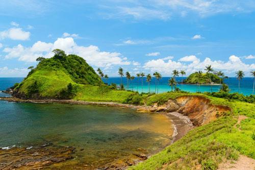7 bãi biển hoang sơ nổi tiếng nhất thế giới - 5
