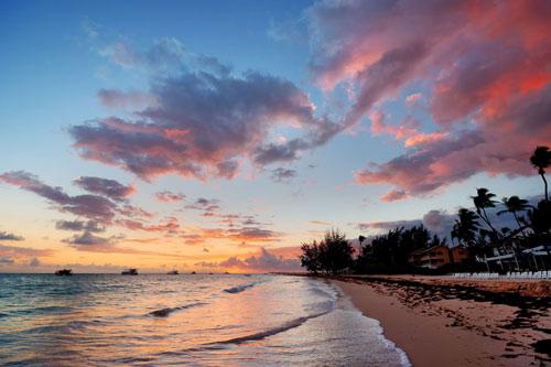 7 bãi biển hoang sơ nổi tiếng nhất thế giới - 6