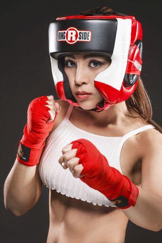 """Soi độ sexy lăn xả của """"nữ hoàng boxing"""" Hoàng Yến My - 2"""