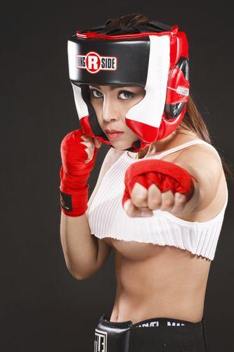 """Soi độ sexy lăn xả của """"nữ hoàng boxing"""" Hoàng Yến My - 10"""