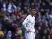 """Bóng đá - Ronaldo: Nỗi khổ siêu sao """"yêu lắm, chê cũng nhiều"""""""