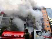 Tin tức trong ngày - GĐ Cảnh sát PCCC TP.HCM nói về kỹ năng sinh tồn trong đám cháy
