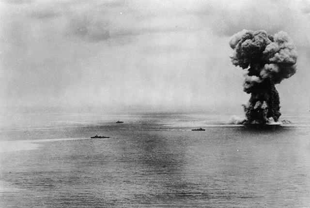Trận đổ bộ chiếm đảo đẫm máu chôn vùi 120.000 mạng người - 4