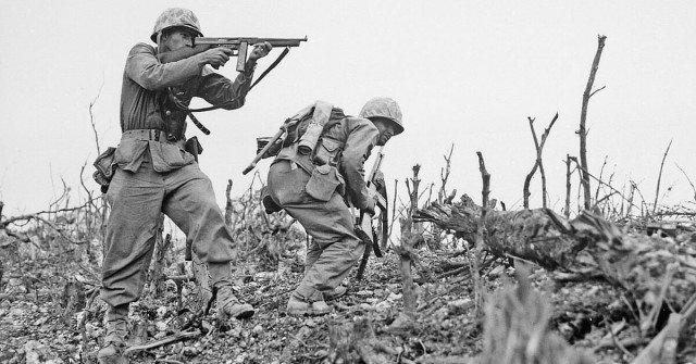 Trận đổ bộ chiếm đảo đẫm máu chôn vùi 120.000 mạng người - 3