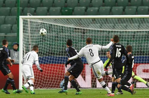 Góc chiến thuật Legia – Real: Zidane ảo tưởng sức mạnh - 2