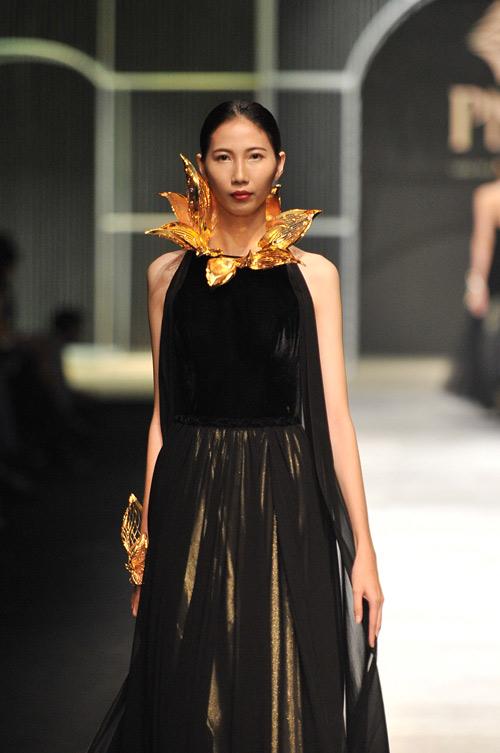Mãn nhãn với tuyệt tác trang sức tại Vietnam International Fashion Week - 8