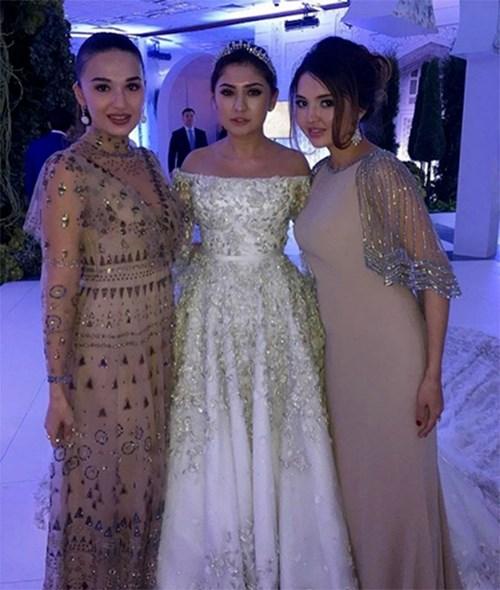 Ái nữ tỉ phú diện váy cưới nạm ngọc giá 14 tỉ đồng - 4