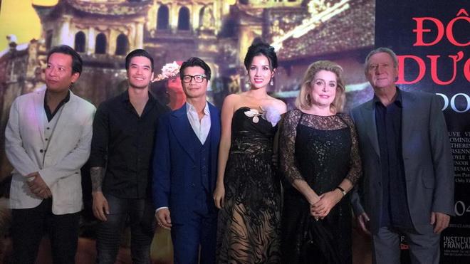 Phim nước ngoài đầu tiên quay ở Hoàng Thành Huế ra mắt fan Việt - 4