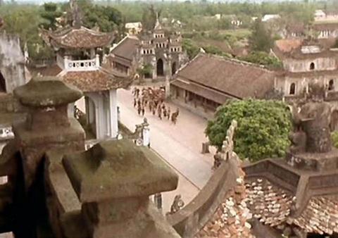 Phim nước ngoài đầu tiên quay ở Hoàng Thành Huế ra mắt fan Việt - 8