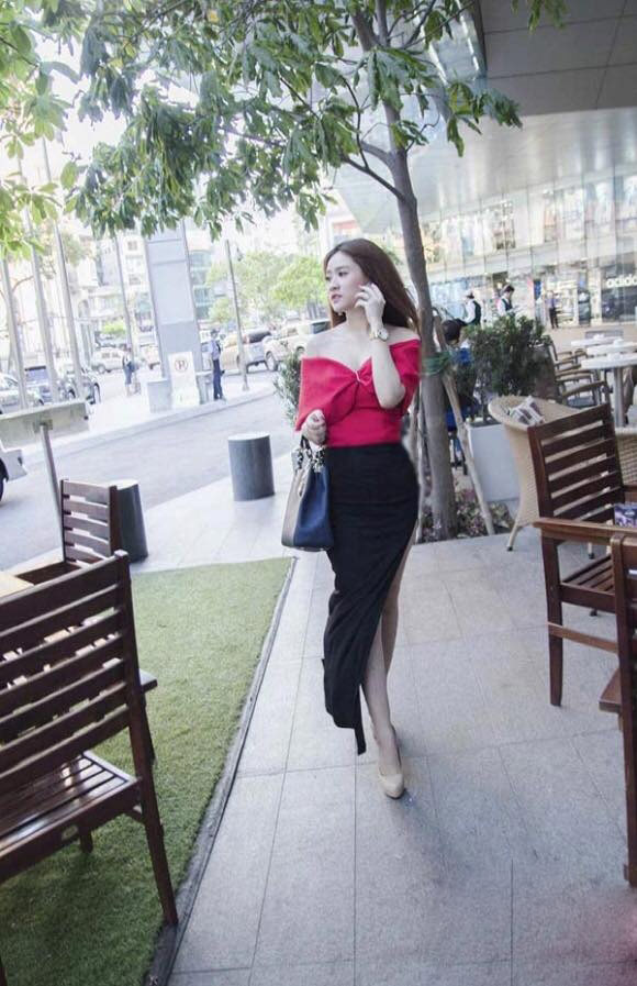 Cuộc sống sang chảnh của vợ cũ Hồ Quang Hiếu - 2