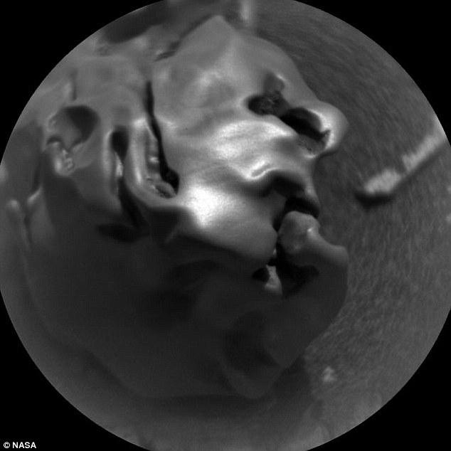 """Phát hiện """"đá trứng"""" kì lạ trên bề mặt hành tinh đỏ - 2"""