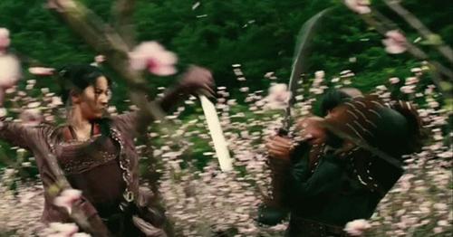 """Những pha võ thuật """"thần sầu"""" của Lưu Diệc Phi - 6"""