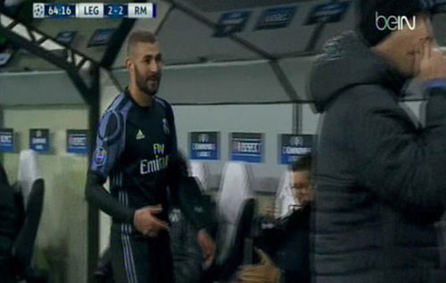 Real Madrid lộ tử huyệt hàng thủ: Nguy cơ sụp đổ - 3