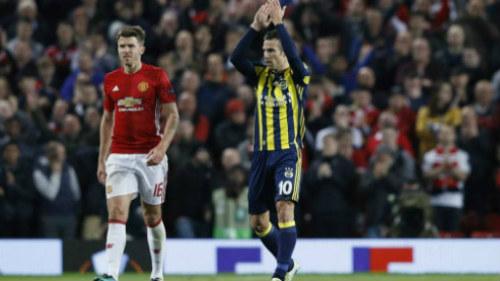Chi tiết Fenerbahce - MU: Rooney bỏ lỡ cơ hội (KT) - 6