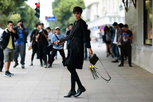 Hoàng Thùy hờ hững nội y tại Tuần lễ thời trang quốc tế - 6