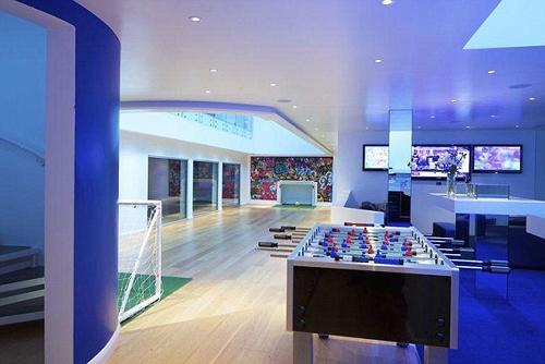 Biệt thự mới có sân bóng và bãi đáp trực thăng của Justin Bieber - 8