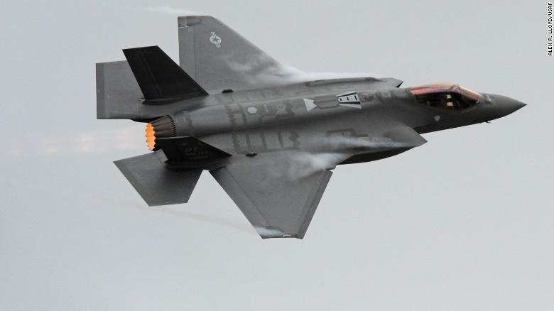 """""""Sát thủ tàng hình"""" Trung Quốc đủ sức diệt F-22 Mỹ? - 2"""