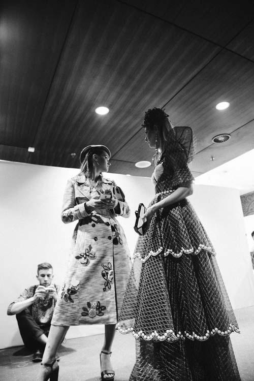Những điểm lạ ở hậu trường Tuần lễ thời trang lớn nhất VN - 12