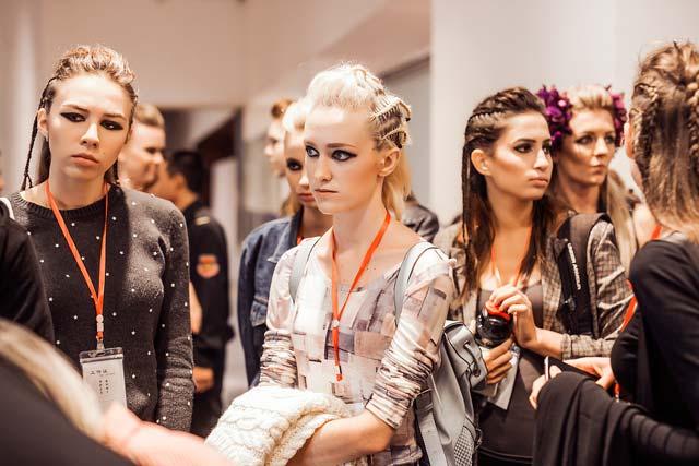 Những điểm lạ ở hậu trường Tuần lễ thời trang lớn nhất VN - 9