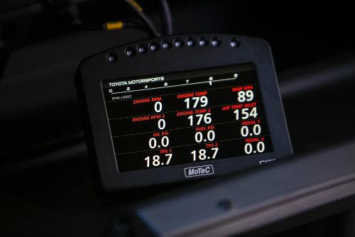 """Soi """"hàng khủng"""" Toyota Land Speed Cruiser 2.000 mã lực - 4"""