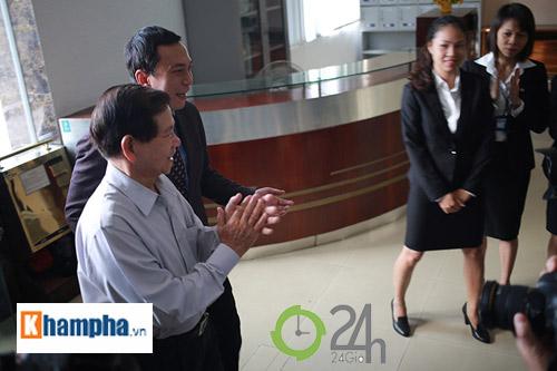 Nguyên Chủ tịch nước Nguyễn Minh Triết khen HLV Tuấn là ngôi sao mới - 1