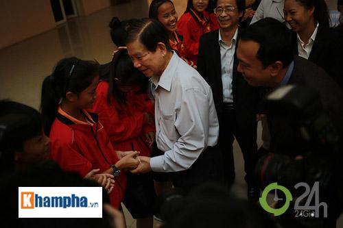 Nguyên Chủ tịch nước Nguyễn Minh Triết khen HLV Tuấn là ngôi sao mới - 3