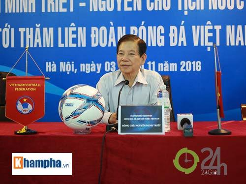 Nguyên Chủ tịch nước Nguyễn Minh Triết khen HLV Tuấn là ngôi sao mới - 4