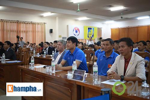 Nguyên Chủ tịch nước Nguyễn Minh Triết khen HLV Tuấn là ngôi sao mới - 6