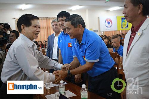 Nguyên Chủ tịch nước Nguyễn Minh Triết khen HLV Tuấn là ngôi sao mới - 7