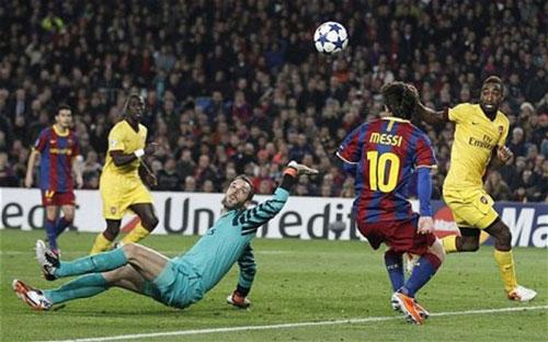"""Ozil đọ siêu phẩm C1 với Messi, Ro """"béo"""", Maradona - 2"""