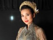 Thời trang - Thanh Hằng mang 50 lượng vàng ròng lên sàn catwalk